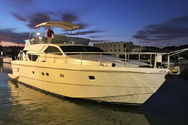 Amazing Yacht, Amazing cruises