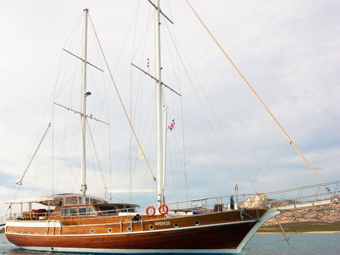 Sail the beautiful waters of Bosa on this cozy  Gulet