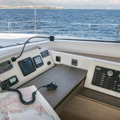 Boating is fun with a Catamaran in Nassau