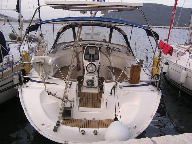 Enjoy Lefkada, GR to the fullest on our comfortable Bavaria Yachtbau Bavaria 39 Cruiser