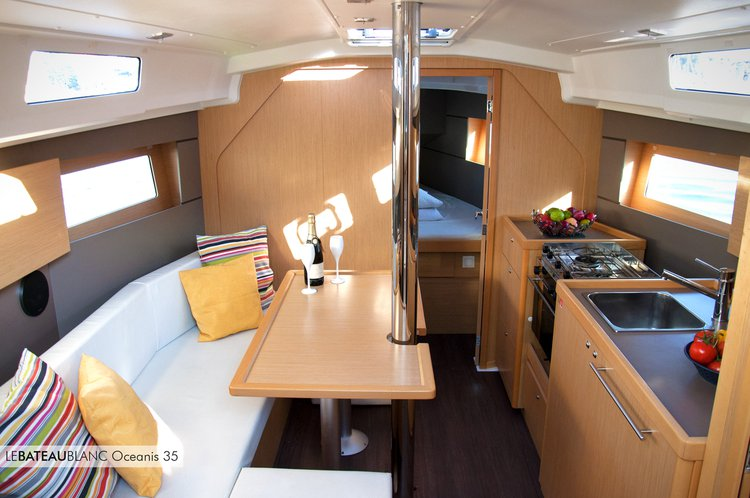 Get on the water and enjoy Bocca di Magra in style on our Beneteau Oceanis 35