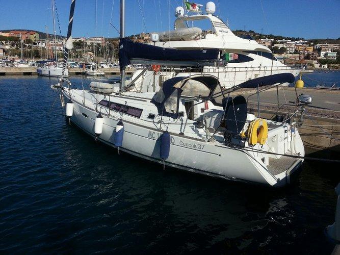 Sail Piombino, IT waters on a beautiful Beneteau Oceanis 37