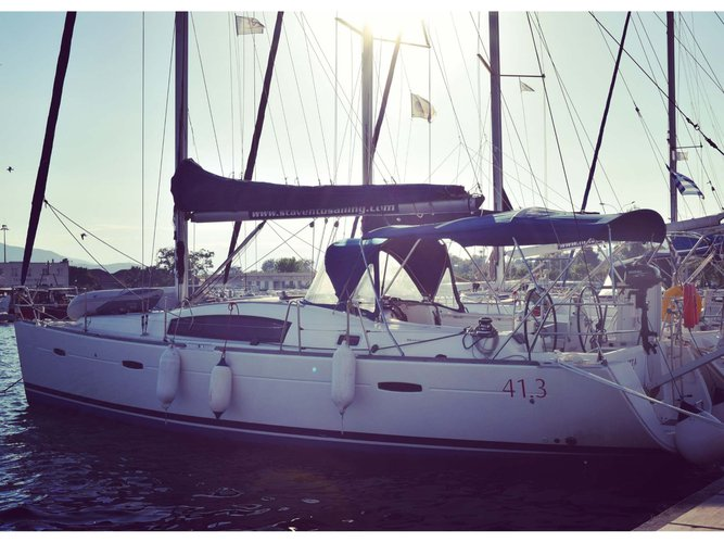 Hop aboard this amazing sailboat rental in Volos!