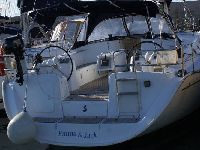Enjoy San Vincenzo, IT to the fullest on our comfortable Beneteau Cyclades 50.5