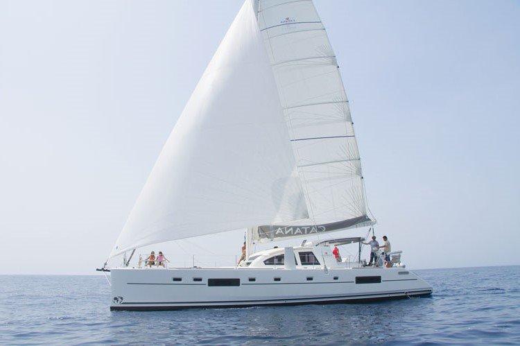 Sail you way to Tahiti islands aboard Catana 55