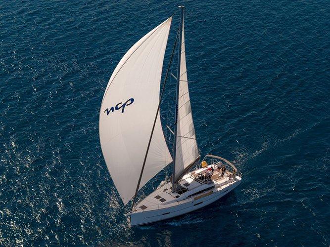 Enjoy luxury and comfort on this Šibenik sailboat charter