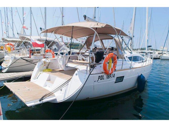 Hop aboard this amazing sailboat rental in Šibenik!