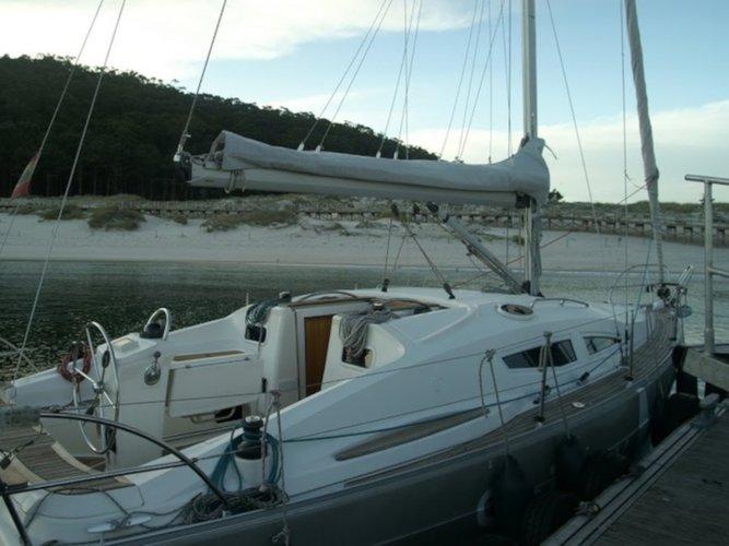 Get on the water and enjoy Pontevedra in style on our Elan Elan 344 Impression