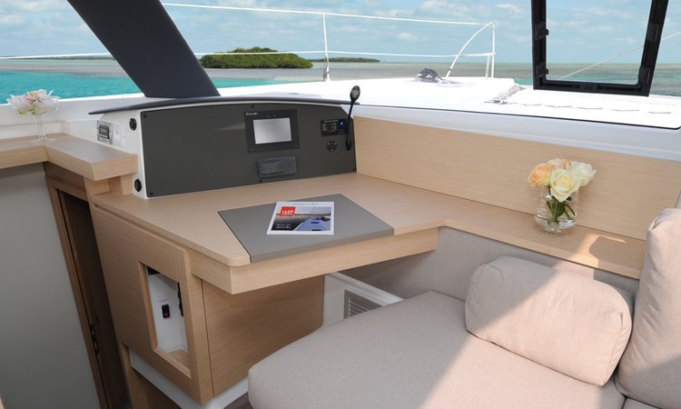 Discover Red Hook surroundings on this 44 Evolution Helia boat