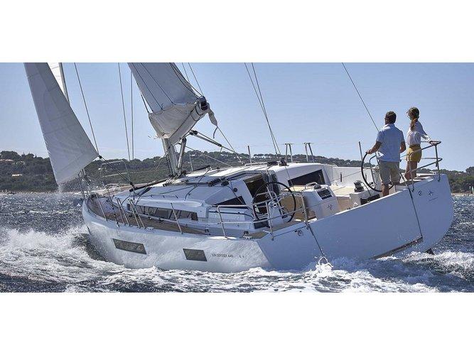Beautiful Jeanneau Sun Odyssey 440 ideal for sailing and fun in the sun!