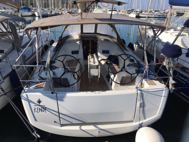 The best way to experience Puntone - Follonica is by sailing