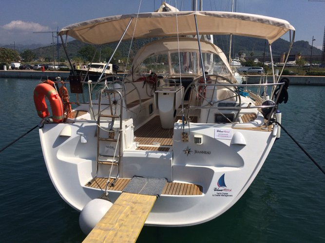 Get on the water and enjoy Salerno in style on our Jeanneau Sun Odyssey 43