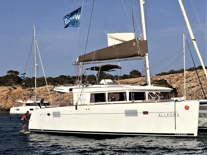 All you need to do is relax and have fun aboard the Lagoon Lagoon 450