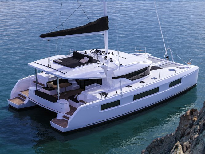 Take this Lagoon Lagoon 50 for a spin!
