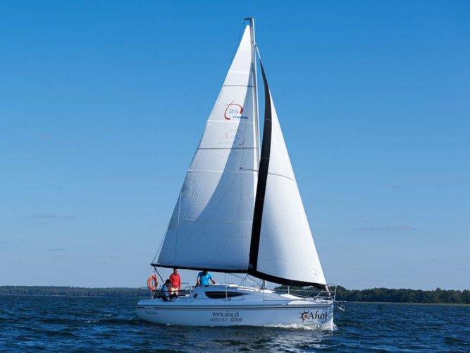 Beautiful Northman Shipyard Maxus 28 Standard  ideal for sailing and fun in the sun!
