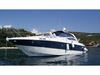 Enjoy luxury and comfort on this Cranchi Yachts Cranchi 43 IPS in Punat, Krk
