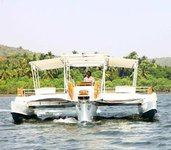 Discover Morjim in style boating on this Trimaran rental