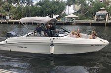 NEW RINKER Q3 Bowrider for Rent in Fort Lauderdale, FL
