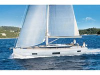 Enjoy luxury and comfort on this Portimao sailboat charter