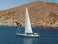 Relax on board our sailboat charter in Mykonos