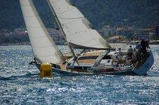 Sail the beautiful waters of Marmaris on this cozy Hanse Yachts Hanse 470e