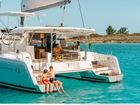 Experience Martinique on board this elegant sailboat