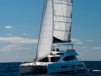 The perfect boat charter to enjoy MV in style