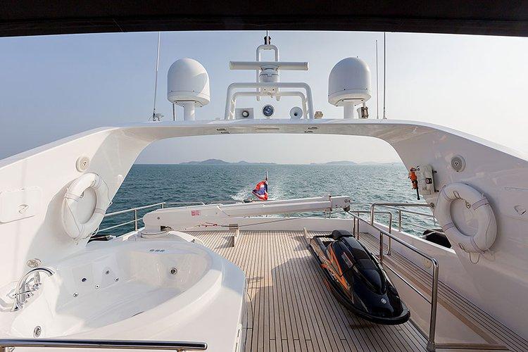 Discover Phuket surroundings on this 96 MY Bilgin boat