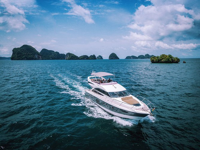 Travel Thailand on our fabulous motor boat for rent