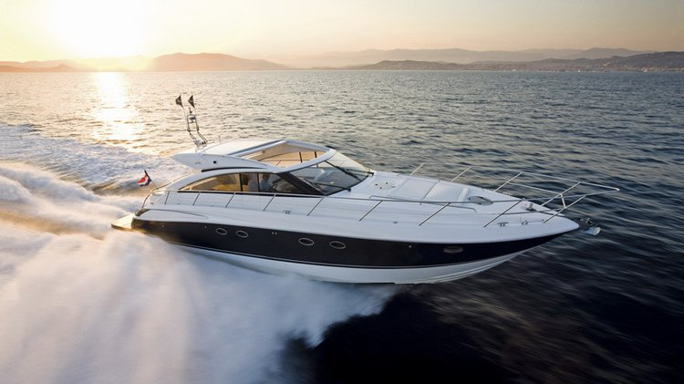 Up to 12 persons can enjoy a ride on this Motor boat boat