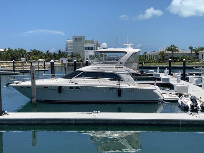 Sea Ray's 52.3 feet in Miami