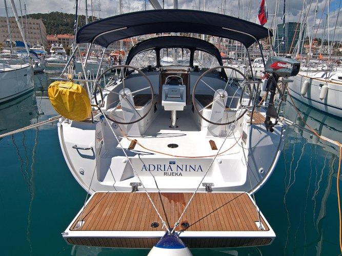 Jump aboard this beautiful Bavaria Yachtbau Bavaria 37 Cruiser