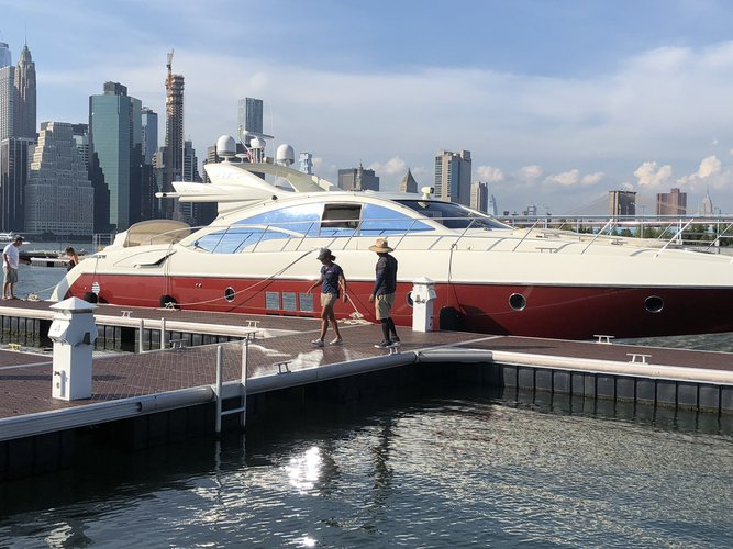 Azimut boat for rent in NYC