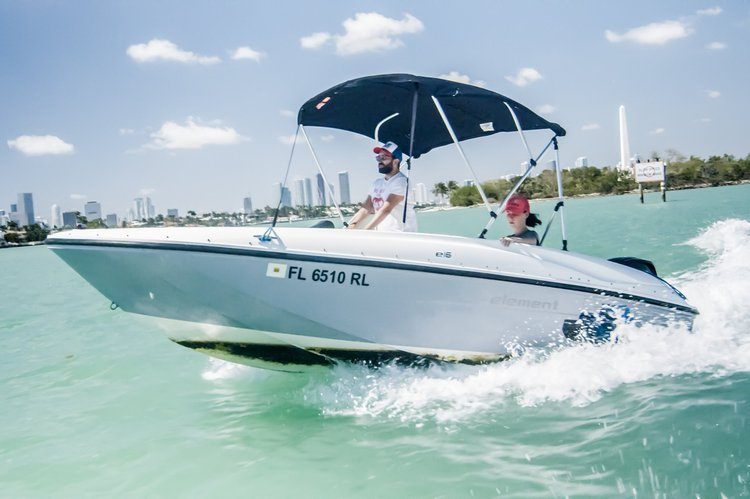 2, 4, 7 or 8 Hours rental - Bayliner Element 16 in MIA