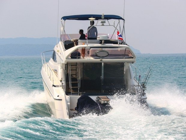 Discover Pattaya surroundings on this 56 PRINCESS boat