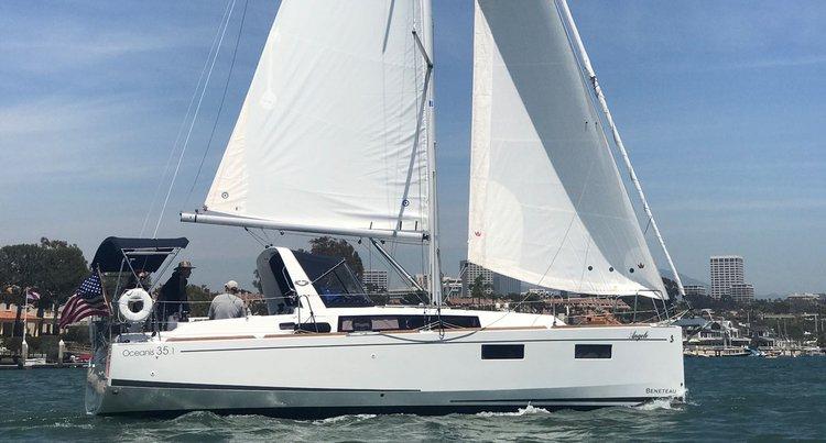 35.1 feet Beneteau in great shape