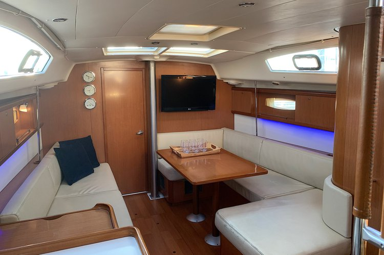 Beneteau boat for rent in New York