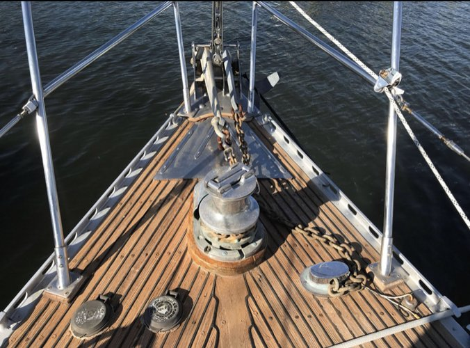 Sloop boat for rent in North beach