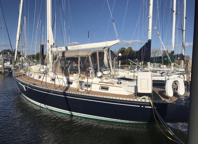 46.0 feet Hylas in great shape