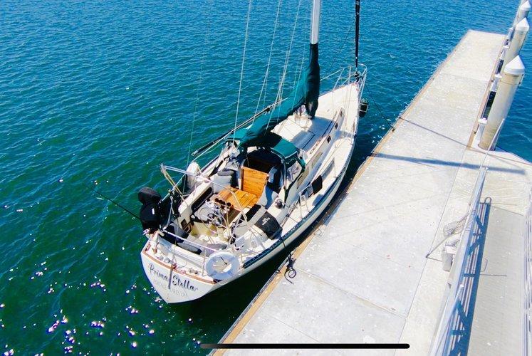 ISLANDER's 36.9 feet in Marina Del Rey