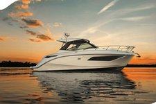 Indulge in Luxury and comfort aboard Sundancer 32