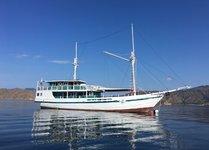Hop aboard this amazing schooner rental in Indonesia!