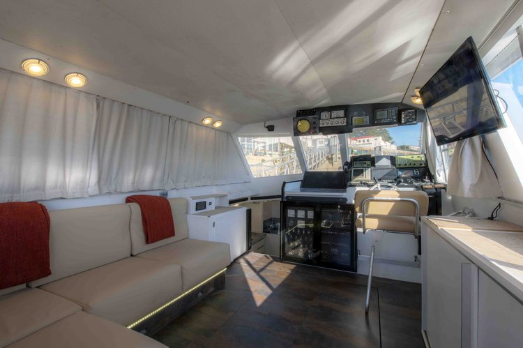 Boat for rent Aresa 46.0 feet in Marina do Freixo, Portugal
