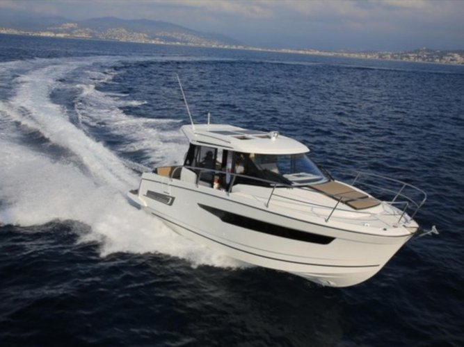 Experience Pula, HR on board this amazing Jeanneau Merry Fisher 895