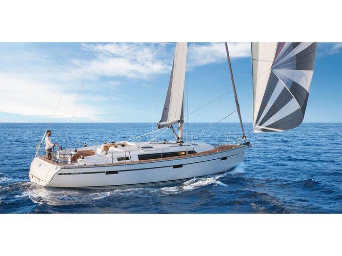 Charter this amazing Bavaria Yachtbau Bavaria 41 Cruiser Style in Portimao, PT