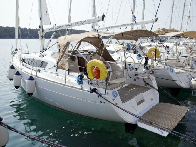 The perfect boat to enjoy everything Mali Lošinj, HR has to offer
