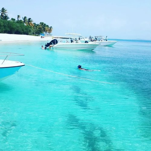 Special Private tour with your loved ones in Fajardo islands