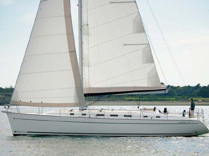 Jump aboard this beautiful Beneteau Cyclades 50.5