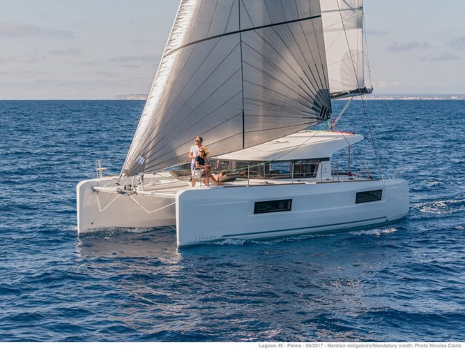 Unique experience on this beautiful Lagoon Lagoon 40