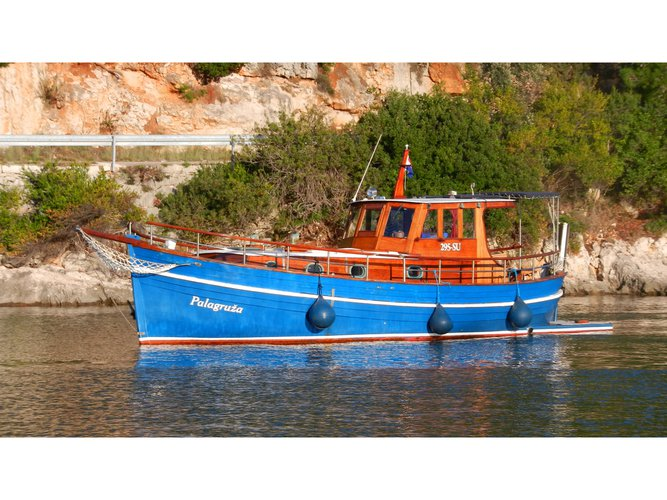 Experience sailing at its best on this motor boat charter